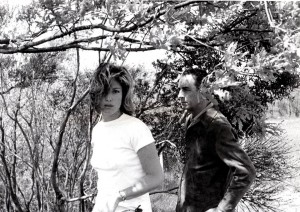 Monica Vitti e Michelangelo Antonioni in una foto di Madeleine Fisher, attrice interprete del film Le Amiche