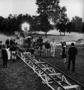 Filming Jeanne Moreau and Marcello Mastroianni in La notte. To the right of the camera, cinematographer Gianni Di Venanzo and director Michelangelo Antonioni
