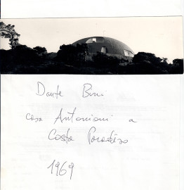 Conversation between Dante Bini and ARQUITECTURA-G about the villa he built for Michelangelo Antonioni and Monica Vitti on Sardinia's Costa Paradiso